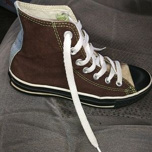 Converse, shoes, size 4, high top